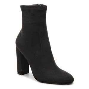 Steve Madden Echo bootie chunky heel ankle boot